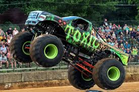 100 Monster Trucks Video Toxic Truck Official Site Of The Toxic Truck