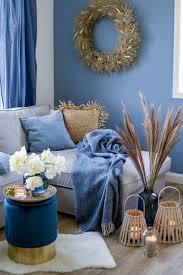 trendfarbe 2020 wohnzimmerdeko in classic blue depot