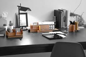 rangement stylo bureau mwdo rangement pour bureau par jean charles kien