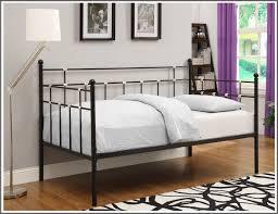 Trundle Bed Walmart by Bedroom Pop Up Trundle Bed Frame Trundle Sofa Walmart Trundle Bed
