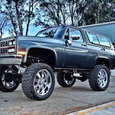 Lifted Chevrolet Classic Trucks