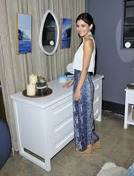 VICTORIA JUSTICE At Pottery Barn Teen Launch Event In Los Angeles ... Patio Ideas Tropical Fniture Clearance Garden Pottery Barn Twin Duvet Cover Sham Nba Los Angeles La Lakers Kyle Mlachlan And His Son Callum Lyon Celebrities At Hot Ali Larter Ken Fulk For Private Event In Ali Larter For Lori Loughlin Kids Halloween Carnival Olivia Stuck Teen Launch Benfiting Operation Smile Benefitting