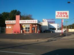 Tops Bar-B-Q   Memphis BBQ Guide Memphis Bbq Guide Discovering The Best Ribs And Barbecue At Real Austins Top 10 Fed Man Walking Que Frayser Is More Tops Porktopped Double Cheeseburger Outdoor Kitchen Island Plans As An Option For Wonderful Barbeque Barbq Alabama Bracket Birminghams Jim N Nicks Tops Sams In Brads Has Barbecue Nachos Killer U Shape Outdoor Kitchen Barbeque Decoration Using Cream