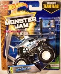 100 Team Hot Wheels Monster Truck HOT WHEELS MONSTER JAM 2017 TEAM FLAG MEGALODON CREATURES 810