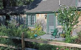 The Buoy House Bed & Breakfast