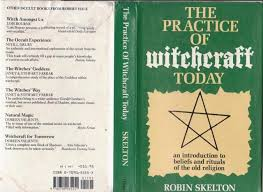 Good Reading List At Rear Author Is An Initiated Witch Seemingly Gardnerian Or Alexandrian Rather Than Modern