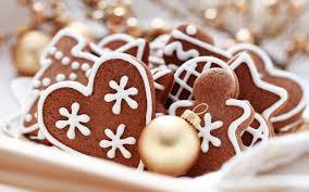 Heart Shaped Chocolate Christmas Cookies Desktop Wallpaper