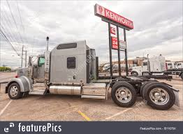 Classic Kenworth W900 Semitrailer Truck Photo