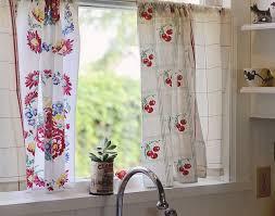 Kitchen Curtain Ideas Above Sink by Best 25 Vintage Kitchen Curtains Ideas On Pinterest Pink
