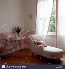 Chaise Longue Bedroom Stock Photos & Chaise Longue Bedroom ...
