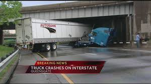 100 Semi Truck Accident On I 75 NB Reopens After Truck Crash