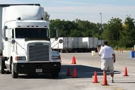 United States Commercial Driver's License Training - Wikipedia