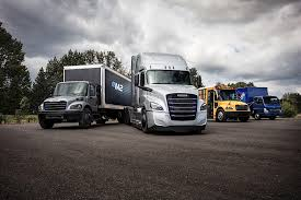 Daimler Shows Off Two New Electric Freightliner Trucks For The U.S. ... Freightliner Trucks Hartwigs Heavy Haul Truck Vocational Daimler Shows Off Two New Electric For The Us Begins Production On New Cascadia Fleet Owner Inventory Northwest 2019 Mrxtmid Roof At Premier Econicsd Waste Collection Unveiled Wasteexpo Driving News And Reviews Top Speed Pushes Innovation With Demand Detroit Freightliner Scadia For Sale 1439