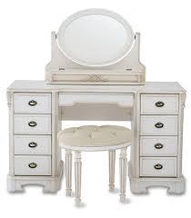 Hayworth Mirrored Dresser Antique White by Antique Mirrored Dressers Antique Mirrored Bedroom Furniture Raya