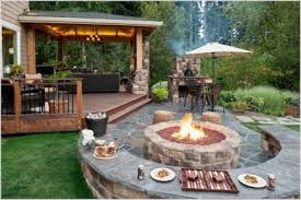 35 Cozy Backyard Patio Deck Designs Ideas for Relaxing Livinking