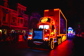 Disneyland PAINT THE NIGHT Parade Premieres for 60th Anniversary