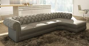 deco in canape d angle gris capitonne chesterfield avec