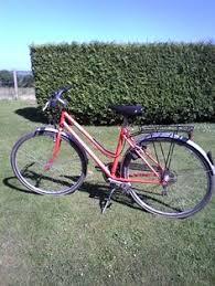 siege velo vtt location vélo femme peugeot berkeley avec siège enfant hamax