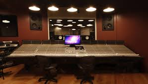 Wallpaper Desktop Recording Studio Microphones 2560 X 1600 572 Kb