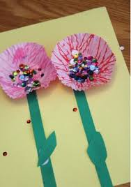 Let The Kids Get Sparkly With This Spring Sequin Flower Craft