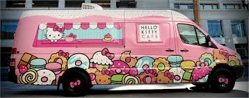 Hello Kitty Cafe Truck - Sanrio