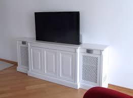 tv lift sideboard im landhausstil