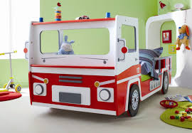 chambre voiture garcon lit enfant voiture pompier sos lit chevet enfant lit chevet