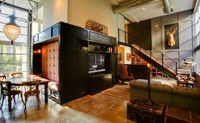 100 Eclectically Mix And Match Styled Home Has A Very Opulent And