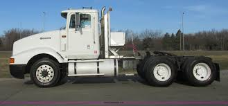 Right Size Trucks For 825 Deck by 1995 International 9400 Semi Truck Item E5450 Sold May