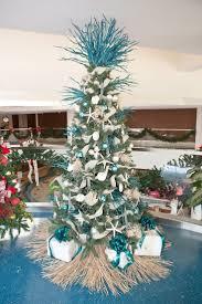The Grinch Christmas Tree Skirt by 25 Best Beach Christmas Trees Ideas On Pinterest Tropical