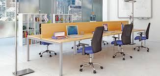 bureau partagé desk la tendance est aux bureaux partagés j aime mon
