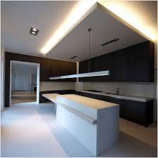 cuisine faux plafond lumière indirecte faux plafond obtenez une impression minimaliste