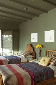chambre vert kaki atelier rue verte le une chambre d enfant en vert kaki