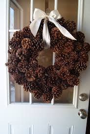Pine Cone Christmas Tree Tutorial by Best 25 Pine Cone Wreath Ideas On Pinterest Pinecone Pine Cone
