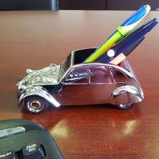 cadeau bureau homme 2cv porte stylo aimentée cadeau homme bureau accessoires de en