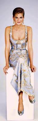 Princess Diana Wears The Embelished Gown By Gianni Versace 1991