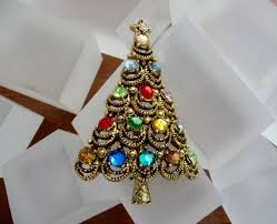 Hollycraft Christmas Tree Pin Vintage
