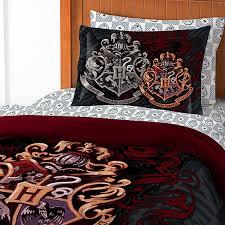 harry potter hogwarts bed in a bag thinkgeek