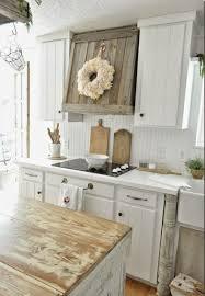 rustikale küchen und die passenden dekoartikel dazu