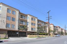 100 Century 8 Noho Villa California Apartments