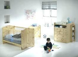 chambre bébé bois chambre bebe bois massif ou acheter lit bebe evolutif en bois massif