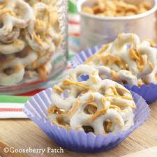 Utz Of Hanover Halloween Pretzels Nutrition by 380 Best Pretzels Images On Pinterest Christmas Baking Food And