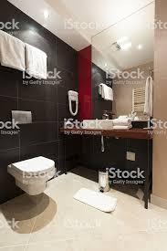 moderne hotelbadezimmer stockfoto und mehr bilder badezimmer