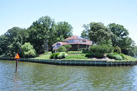 104 Water Front House Questions And Answers On Front Homes Which Side Is The