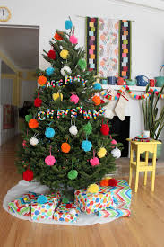 The Grinch Christmas Tree Ornaments by A Pom Pom Christmas Paint The Gown Red Christmas Pinterest