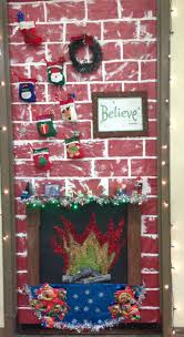 Kindergarten Christmas Door Decorating Contest by 33 Best Door Decorations Images On Pinterest Christmas Ideas