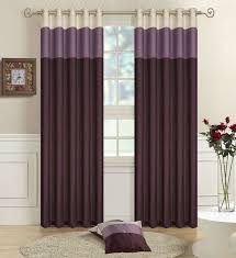 15 Beautiful Bedroom Designs With Purple Curtain Exquisite Two Tone Glass Vase And Round Beige Rug Also Wood Laminate Floor In