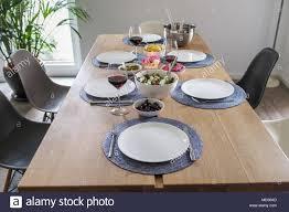 esszimmer sonntag mittagessen tisch für 6 personen