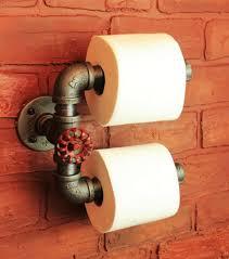 support a papier de toilette 22 idées de rangement pour votre papier toilette