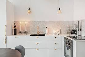 goldfarbene armaturen für mehr glam in küche bad